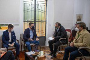 Ostermann defende volta às aulas em reunião com prefeito de Canoas